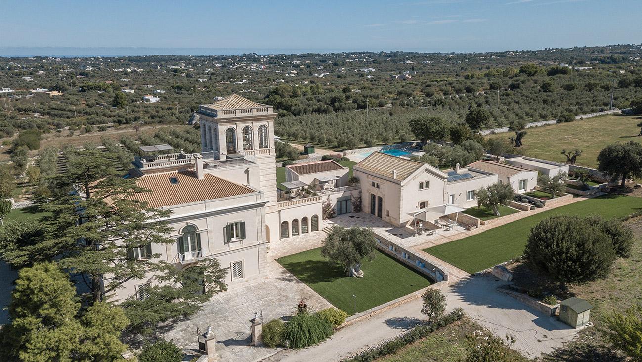 Vista dall'alto della struttura Mazzarelli Creative Resort